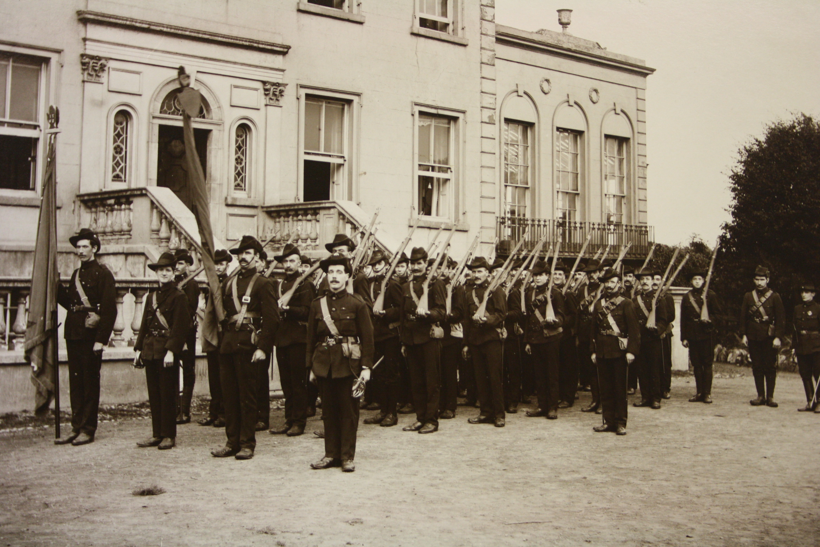 ICA at Croydon Park, 1914. Photograph by Keogh Brothers of Dublin. (NMI Collection)